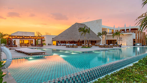 Chable Maroma - Luxury Wellness Hotels in Mexico - infinity pool.jpg