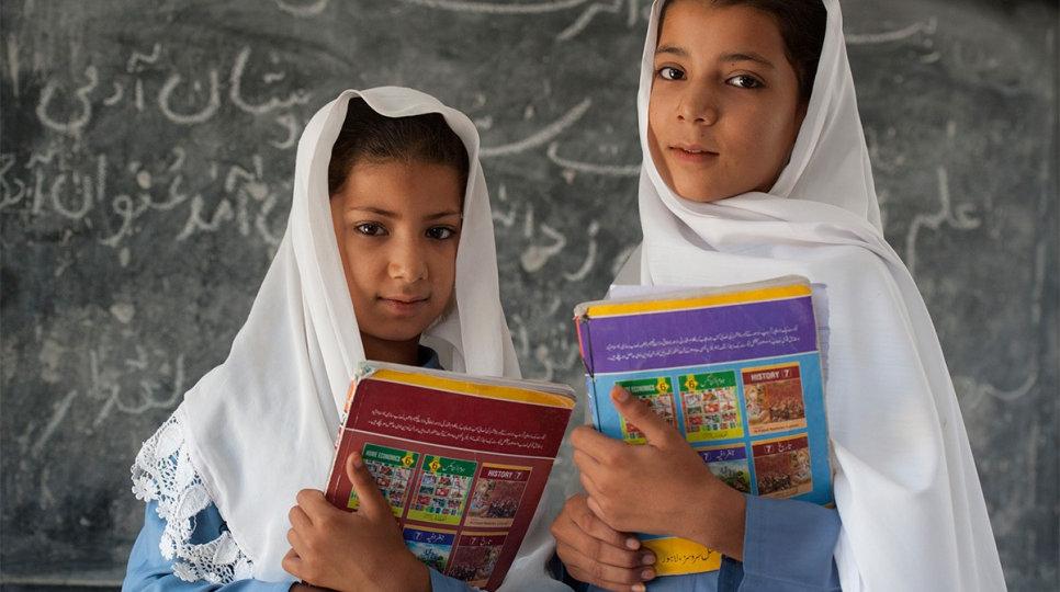 afghanistan-school-girls.1506166477.jpg