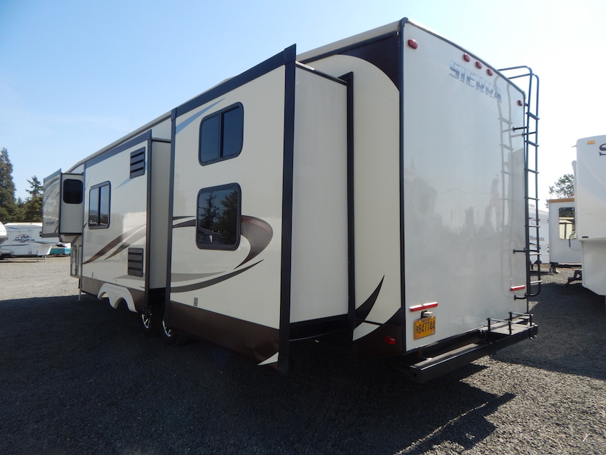 2015 Sierra 380BH5 102