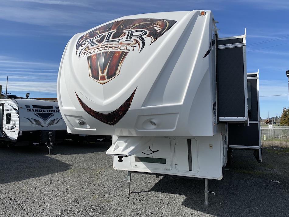2013 XLT Thunderbolt 395AMP 101