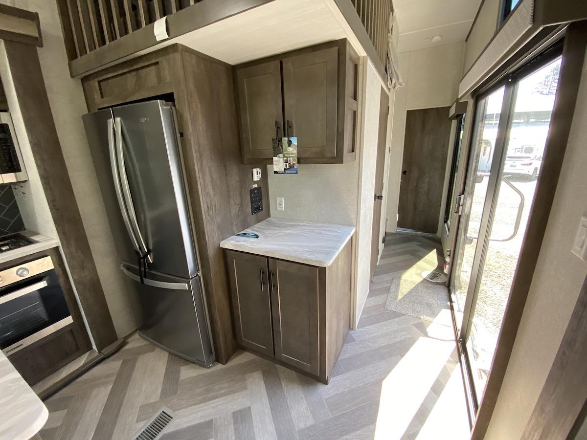 2021 Salem Grand Villa 42DL Fiberglass 1