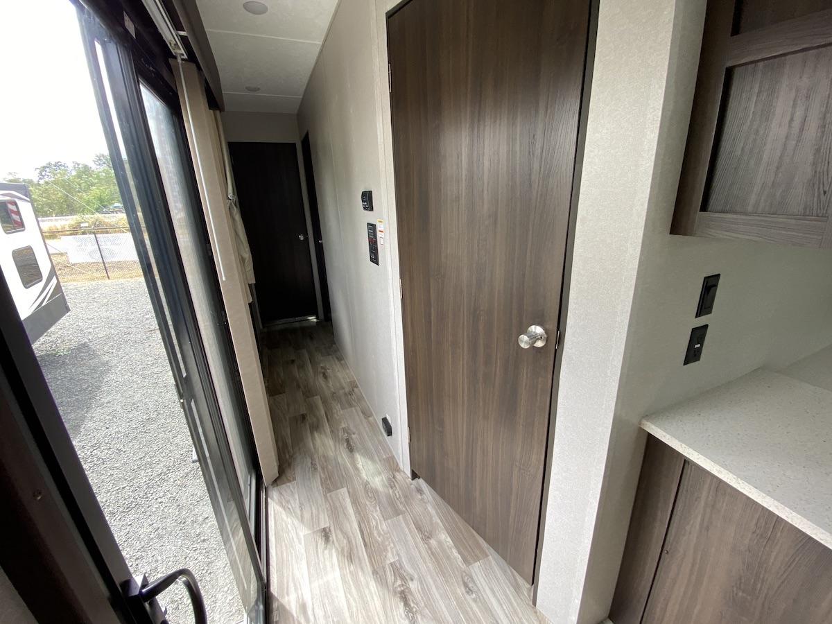 2019 Residence 40MBNK 118