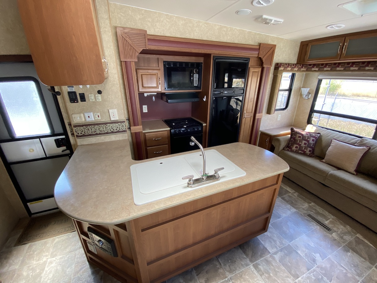 2011 Trailblazer 253FS 108