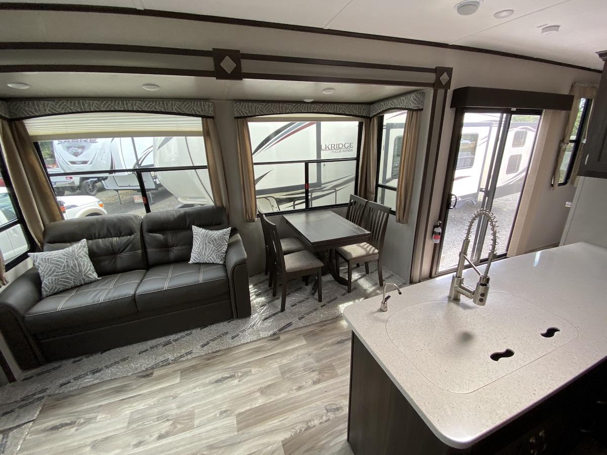 2019 Residence 40MBNK 117