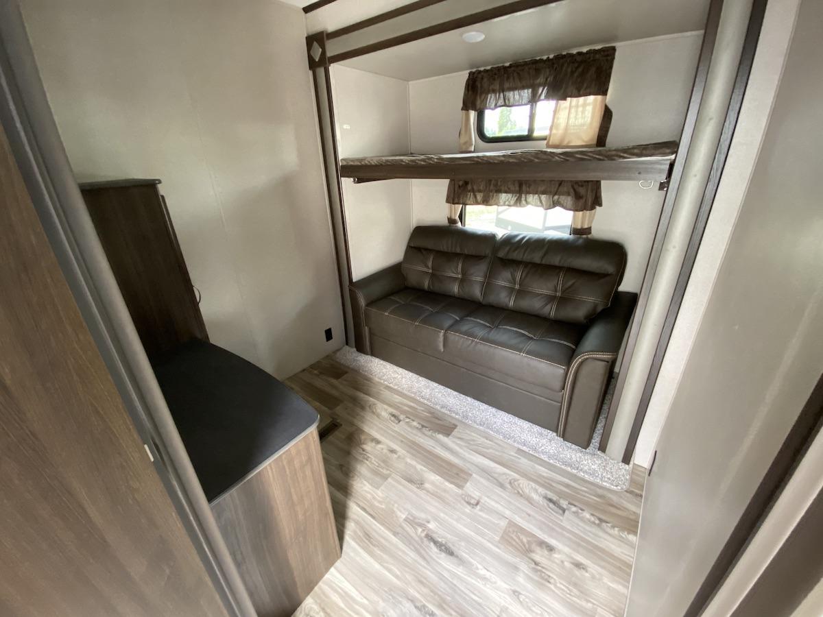 2019 Residence 40MBNK 119