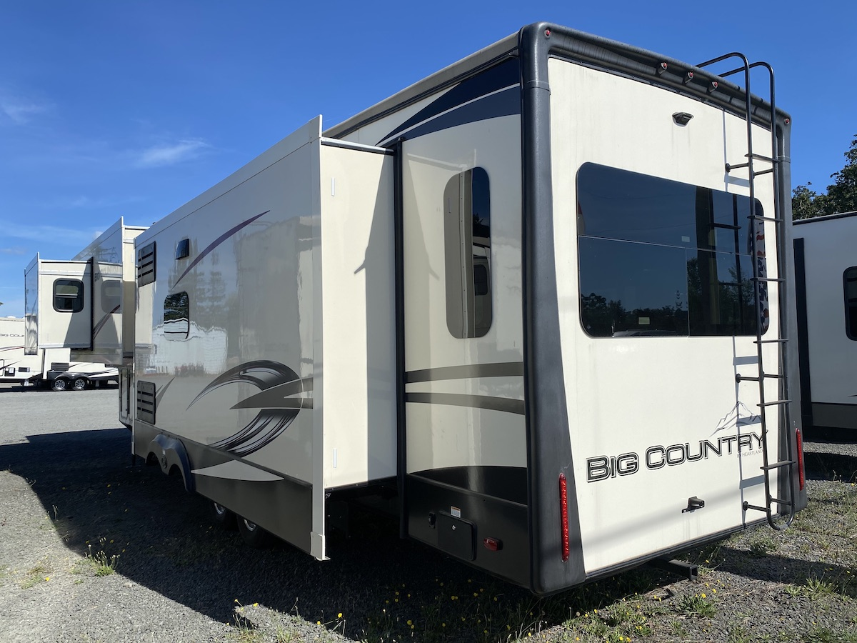 2020 Big Country 3560SS 103
