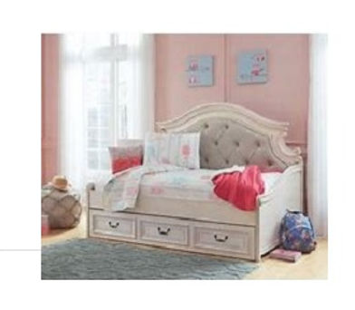1 white day bed.jpg