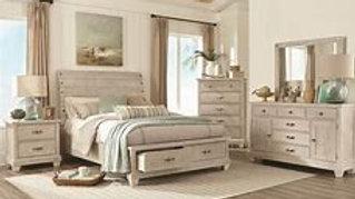 7131 QUEEN BEDROOM SET