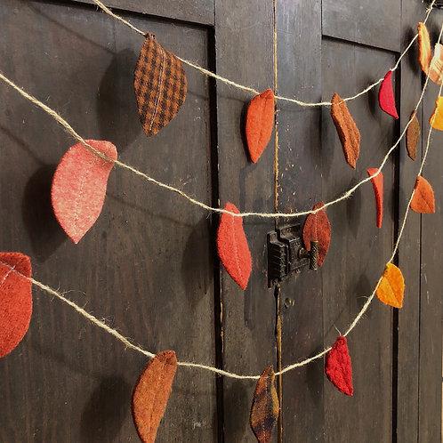 Twine & Wool Leaf Garland