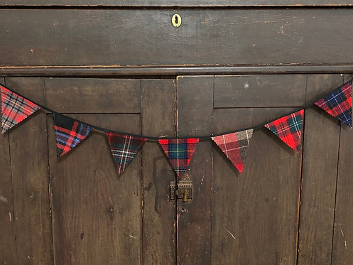 3' Plaid Wool Banner Assorted Colors