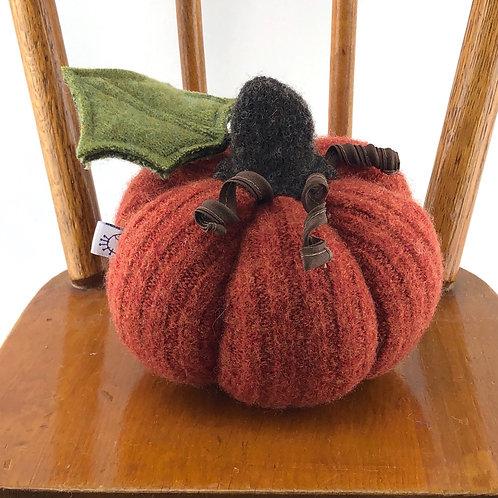 Small Pumpkin - Dark Orange Ribbed