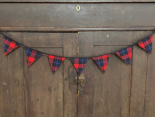 3' Plaid Wool Banner Red & Blue