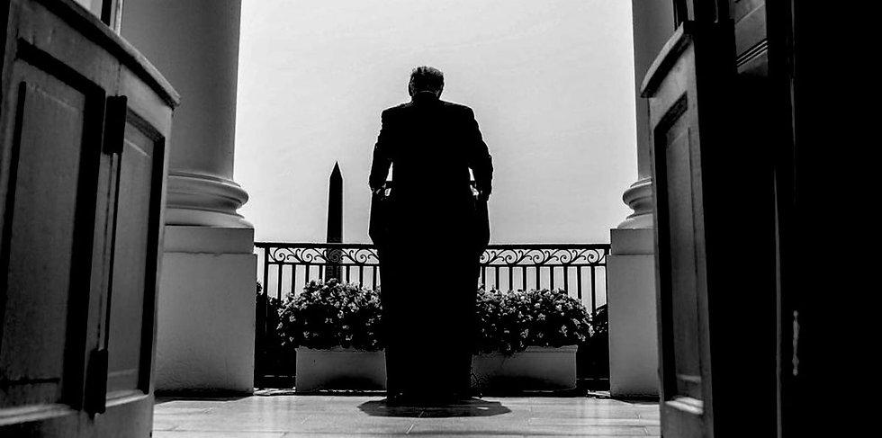 Trump wh balcony.jfif