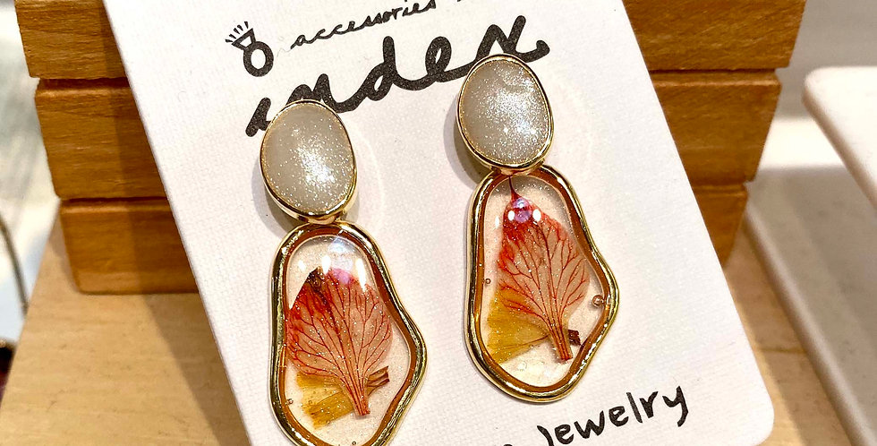 Resin Short Drop Earrings