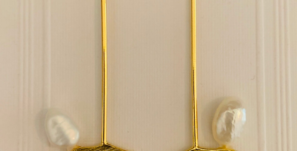 Matt Gold Stick Pearl Earrings