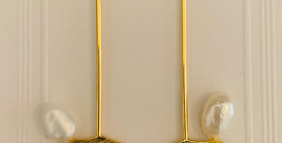 Matt Gold Stick Pearl Earrings