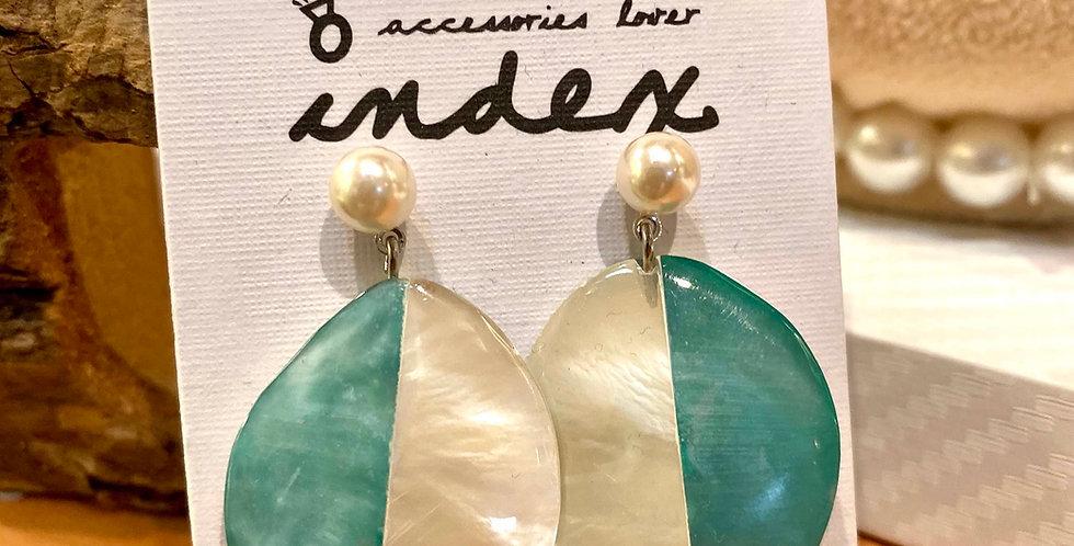 Green Shell Short Drop Earrings