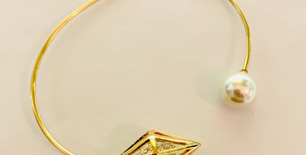 Diamond shape with Crystal Bangle