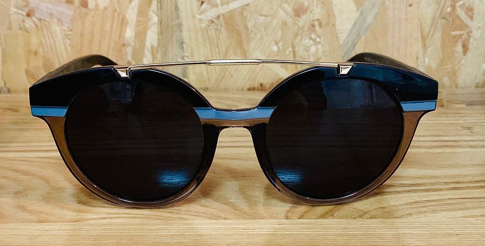 Rounded Shape Horizontal Grey Line Sunglasses