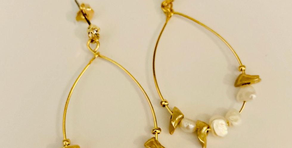 Tear Drop Pearls Drop Earrings