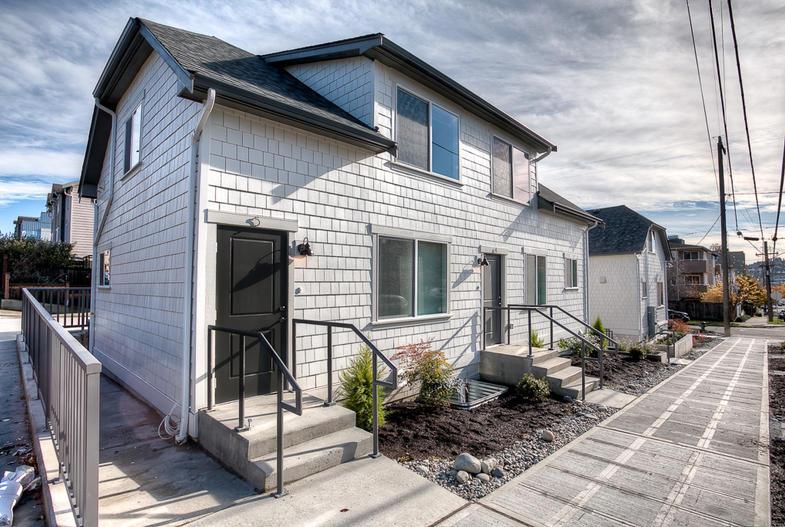 Ballard Farmhouse Apartments
