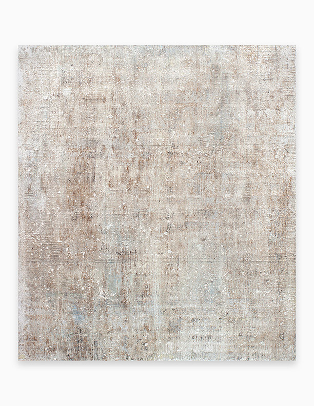 Sin título, 2018. Acrylic, sand, chalk, gypsum and iron dust on linen. 162 x 140 cm.