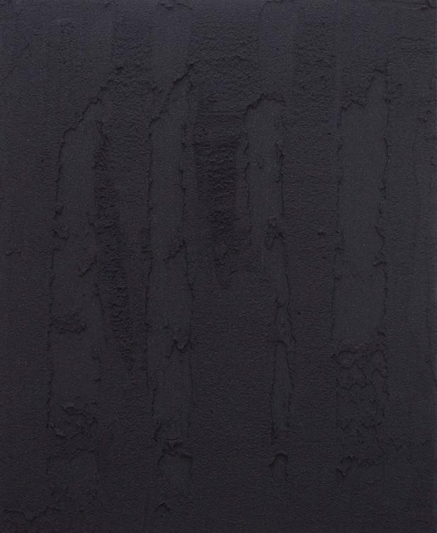 Sin título, 2017. Acrylic, sand and limestone on linen. 61 x 50 cm.