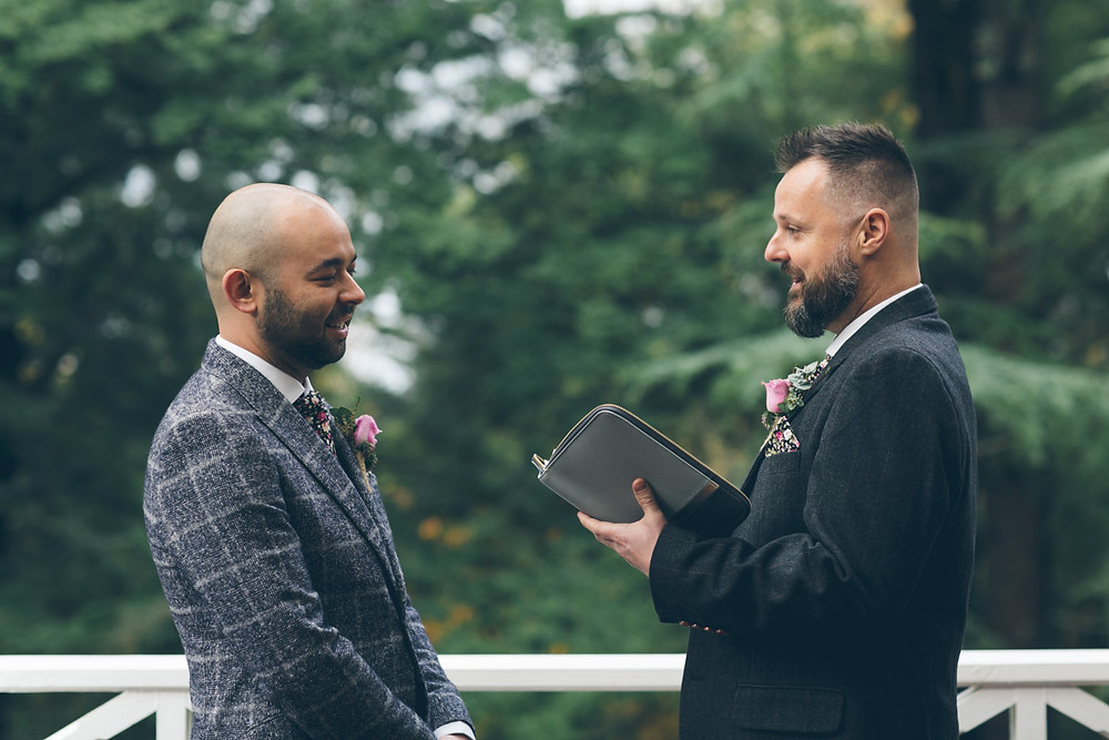 Same sex couple write their own wedding vows at Melbourne ceremony