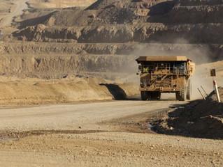Inversión de la industria minera cae 33% y llega a su menor nivel en siete años en Chile