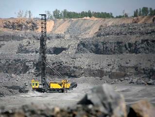 Mil millones de toneladas de mineral de hierro van hacia China