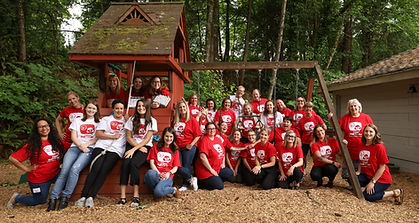 CampYaketyYak Group Shot-1.jpg