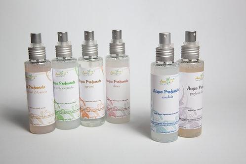 Parfümiertes Wasser