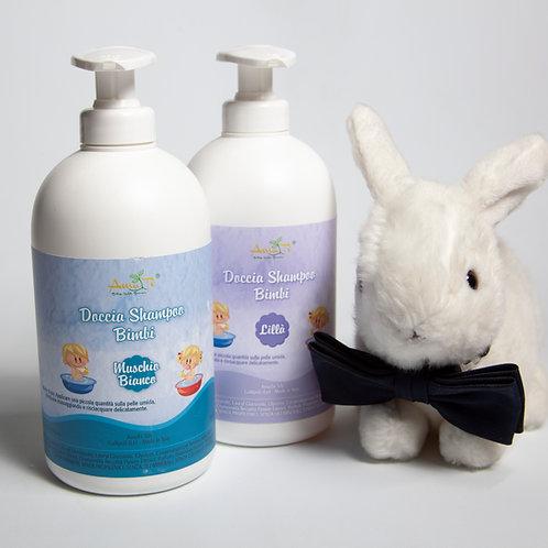 Kinder-Shampoo und Dusche