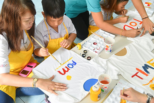 T-shirt painting with rural children