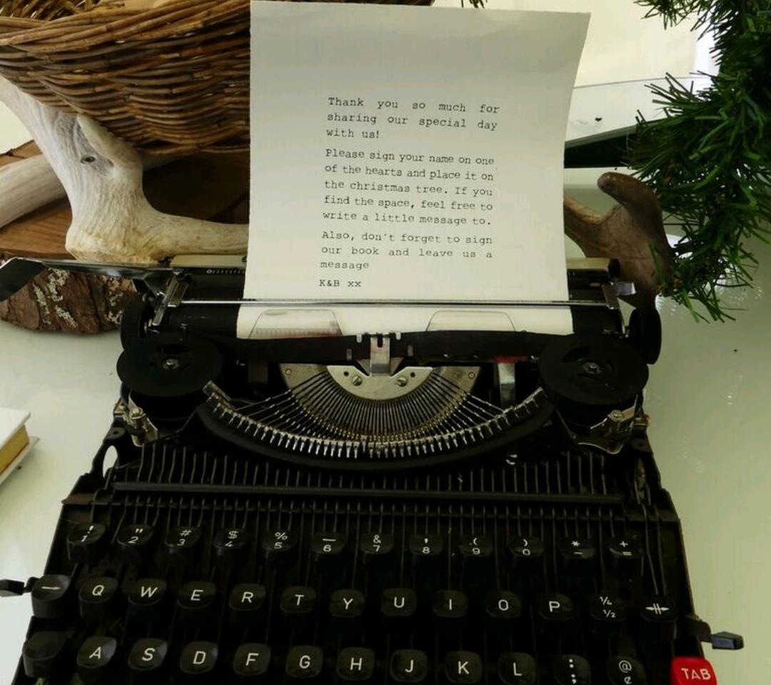 vintage typwriter