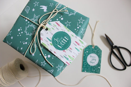 WREATH & STAR WRAPPING PAPER (1 sheet, 2 gift tags)