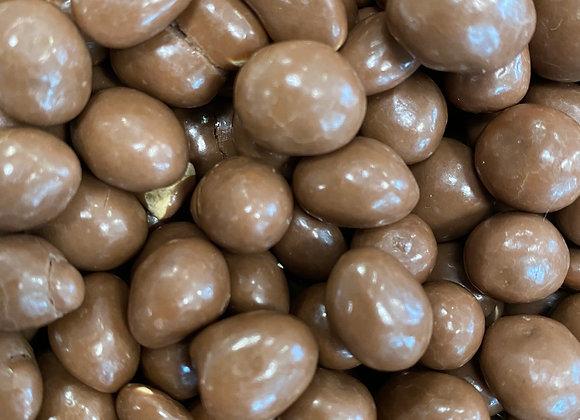 Plastic free organic chocolate peanuts