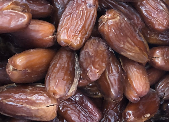 Plastic free organic dried pitted dates