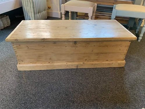Large Victorian Pine Blanket Box - Front