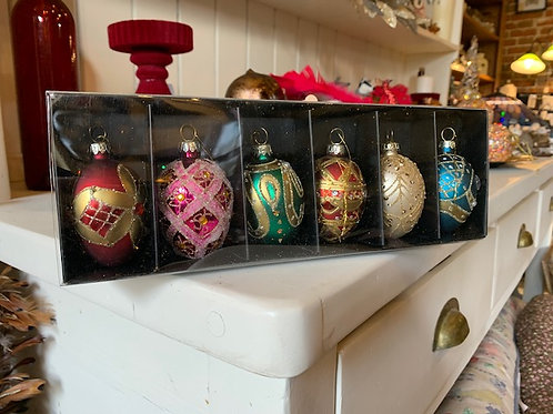 Set of 6 Assorted Christmas Baubles