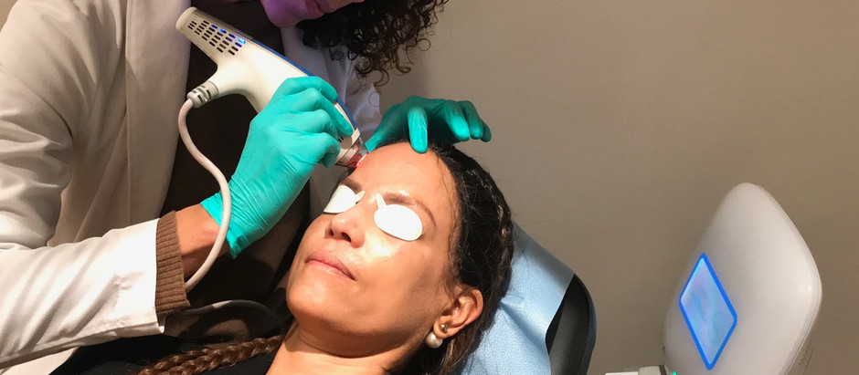 How to Know If You're a Candidate for Surgical Face Lift or A Liquid Face Lift?