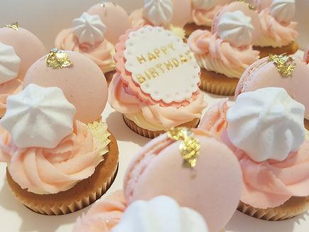 Macaroon-Birthday-cupcakes.jpg