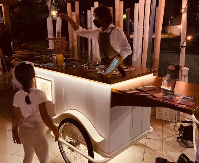 Festa privata carretto gelati.JPG