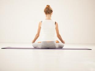 O significado de se manter a coluna ereta durante a respiração HA ou meditações do Ho`oponopono