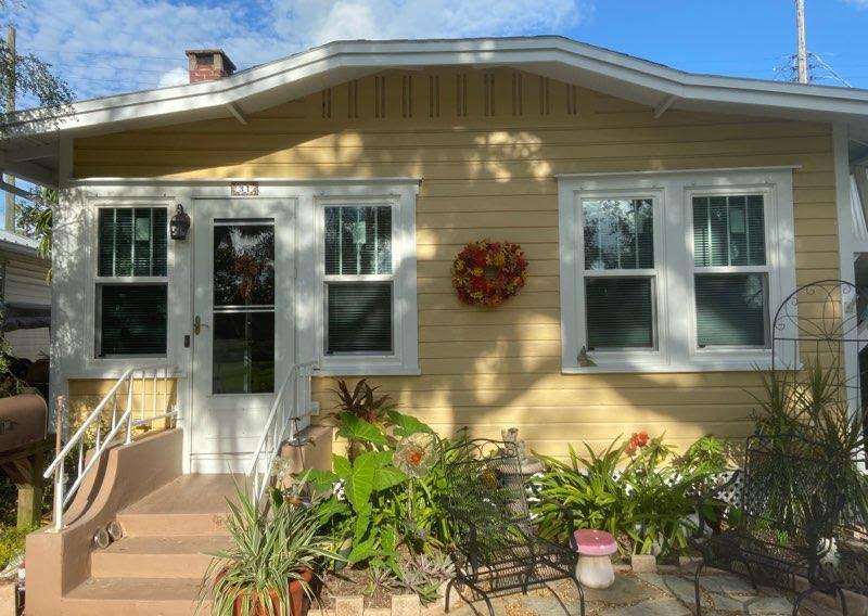 Optimized-Yello Cottage Single hungs gri