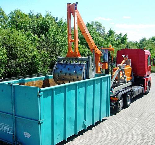 rubbish-compactors-skips.jpg