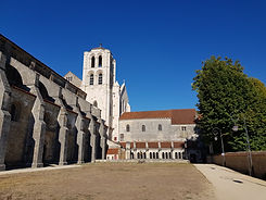 bourgogne avallon gite vezelay basilique