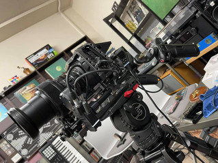 BMD PCC4K+Metabones Speed Booster+Sigma 24-105mm F4 (that becomes 33.6mm-147mm F2.8)+Tilta Nucleus-M