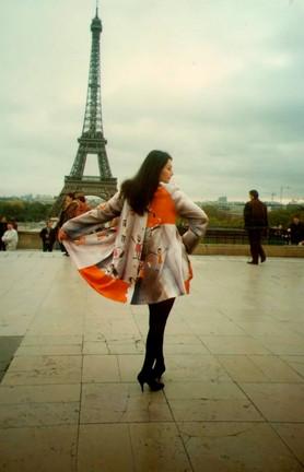 1996 показ в Париже.jpg