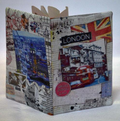"""Обложка для паспорта """"Лондонский коллаж"""""""